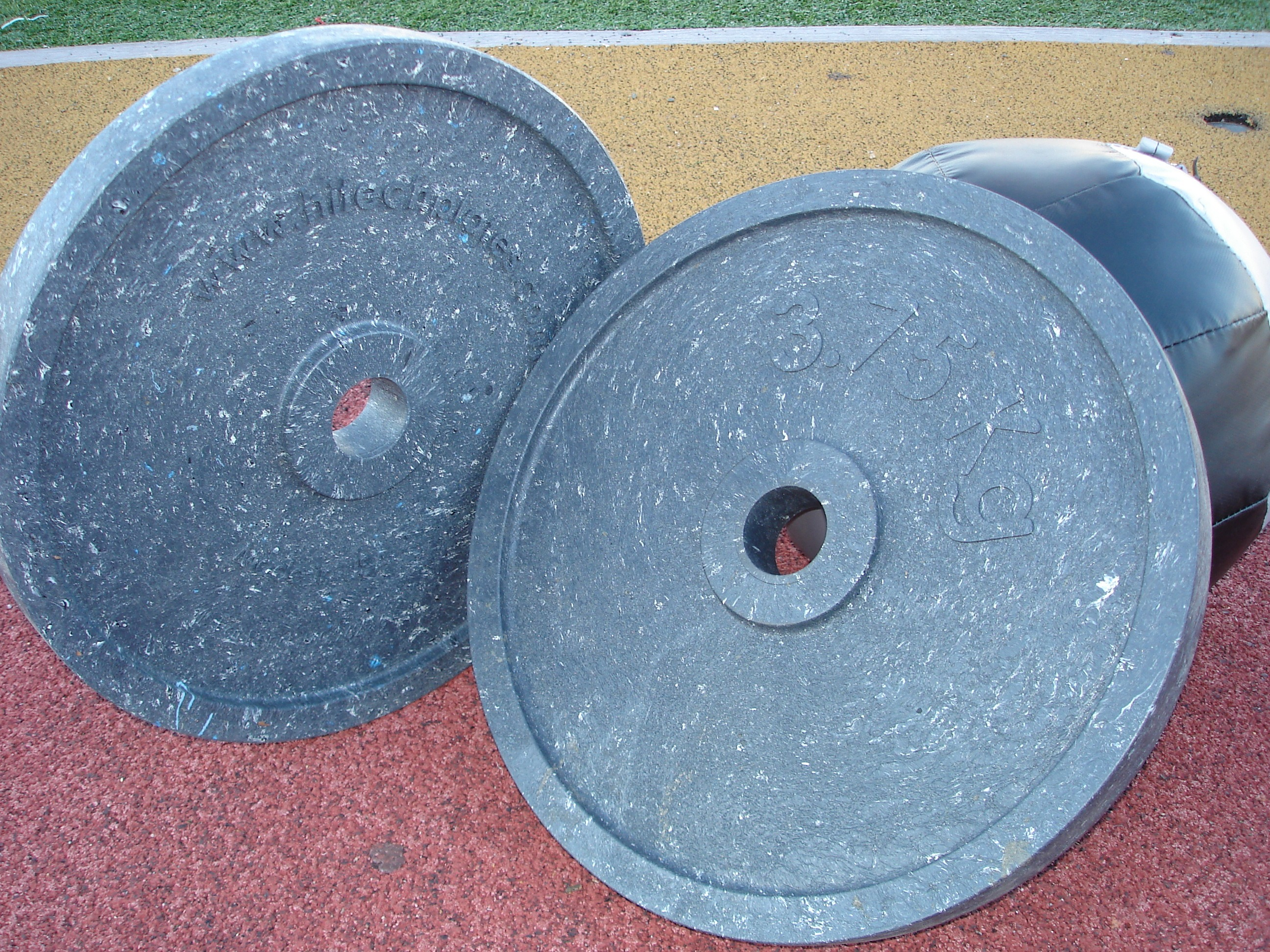 Picture of large weights