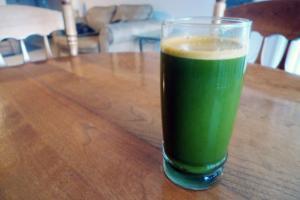 Wake Up & Flow Green Juice Recipe